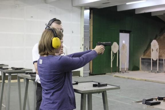 Первые выстрелы наедине с инструктором